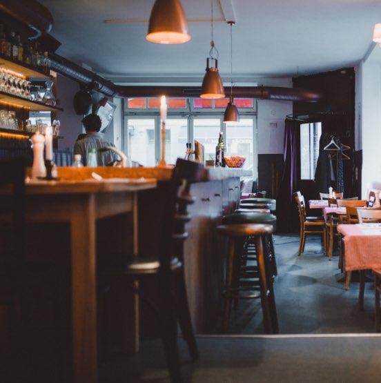 Schwarze Heidi Restaurant mit Blick auf Bar